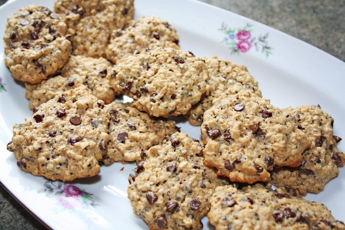 Chia Seed Peanut Butter Cookies | So Very Domestic